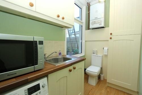 kitchentoilet
